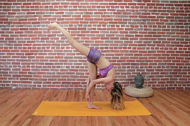 standing-splits