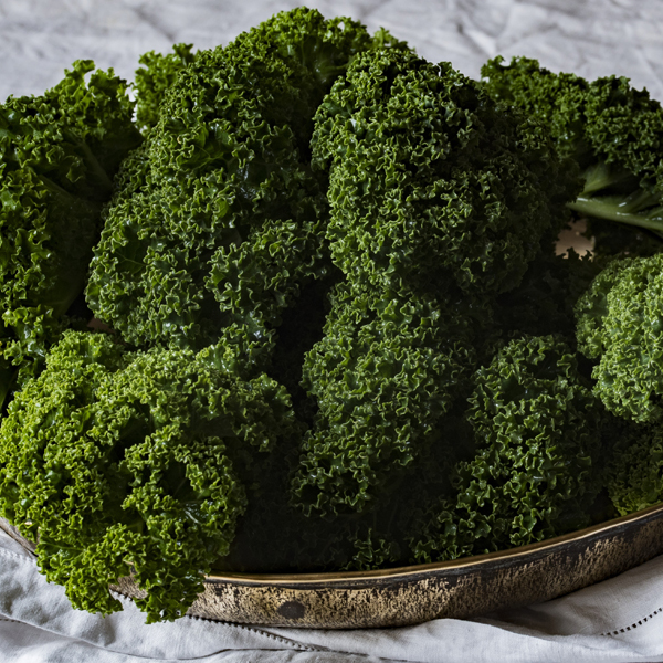 How would you like to DOUBLE your weight loss? Not only will these secret superfoods help you slim down but by adding them to your diet long-term you have the potential to save your life! #superfood