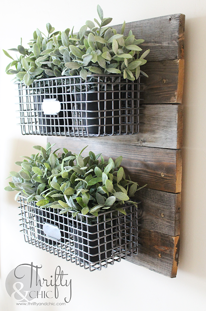 Farmhouse Hanging Wire Baskets