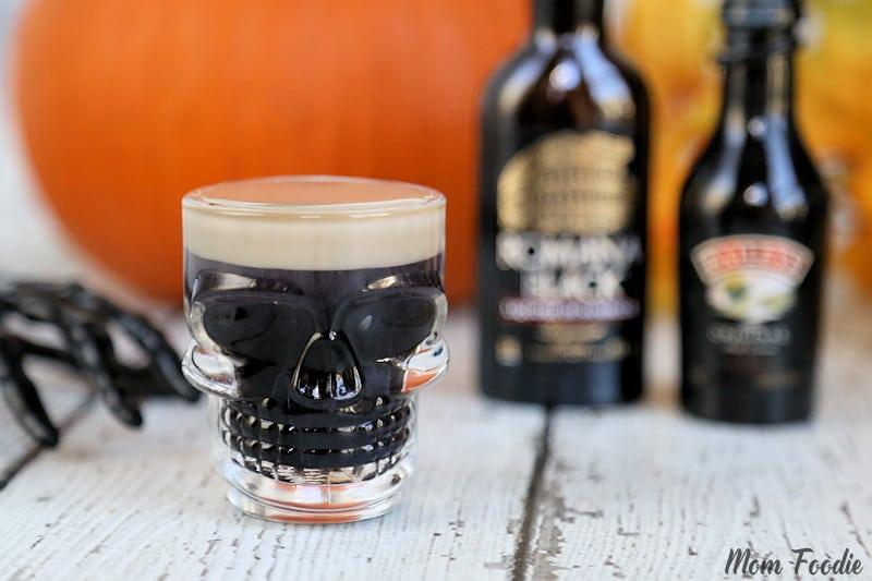 Spooky Halloween Cocktail Recipe - Slippery Zombie Brains